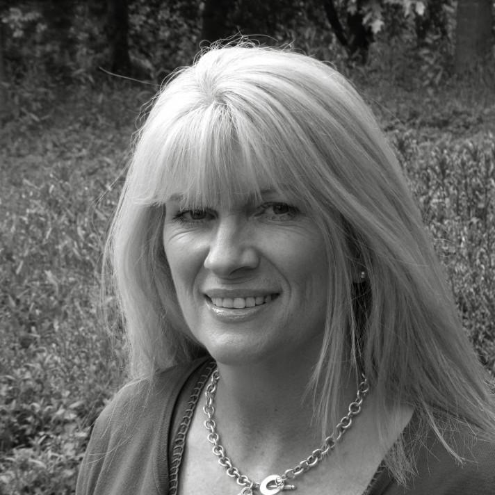 Joan Sorensen, Sales Administrator, Fordingbridge plc