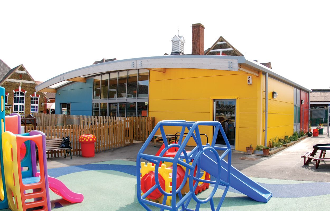 Cecil Road Primary School sustainable classroom building by Fordingbridge