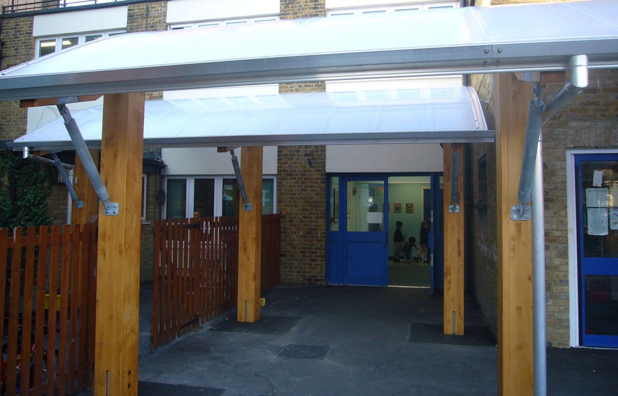 George Tomlinson School timber canopy by Fordingbridge