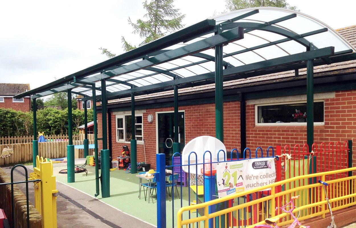Wingrave CE Combined School steel playground shelter by Fordingbridge