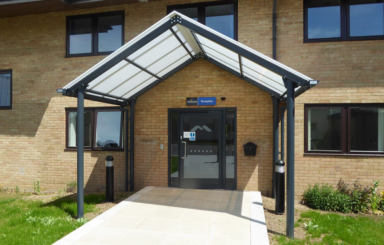 Moorlands-College- Fordingbridge-entrance-web (5)