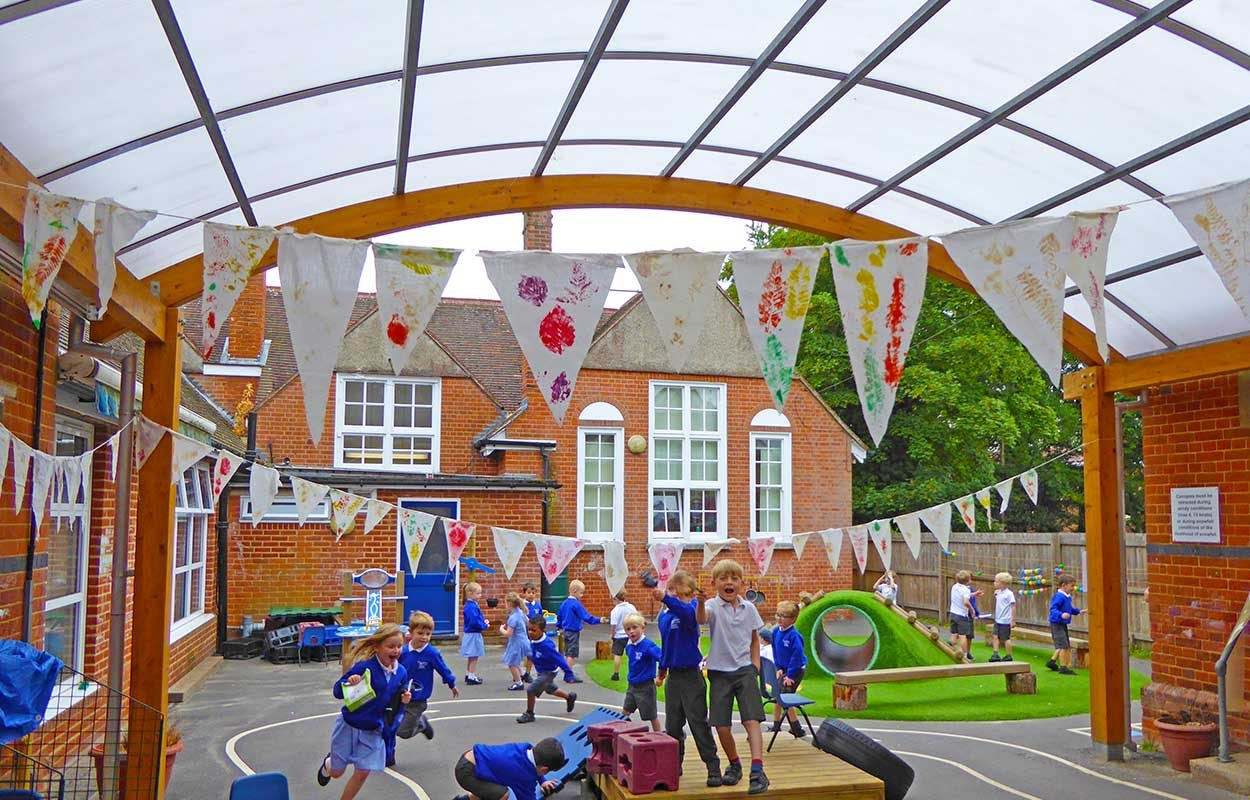 Fordingbridge-barrel-vault-canopy-Crookham-School
