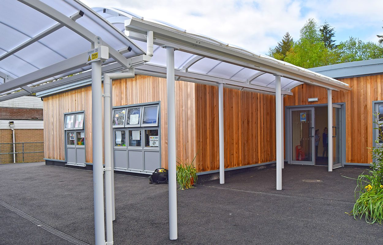 Hillside First School Fordingbridge steel walkway canopies