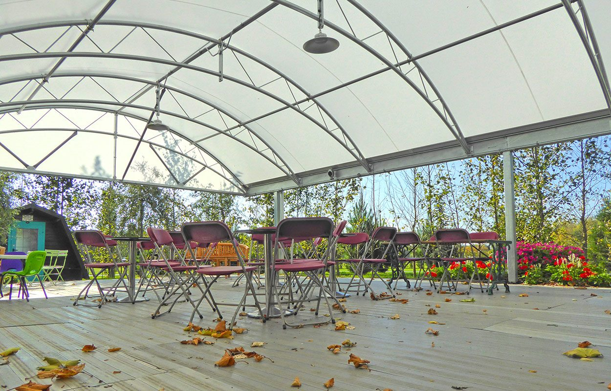 Barnards Farm Fordingbridge steel canopy