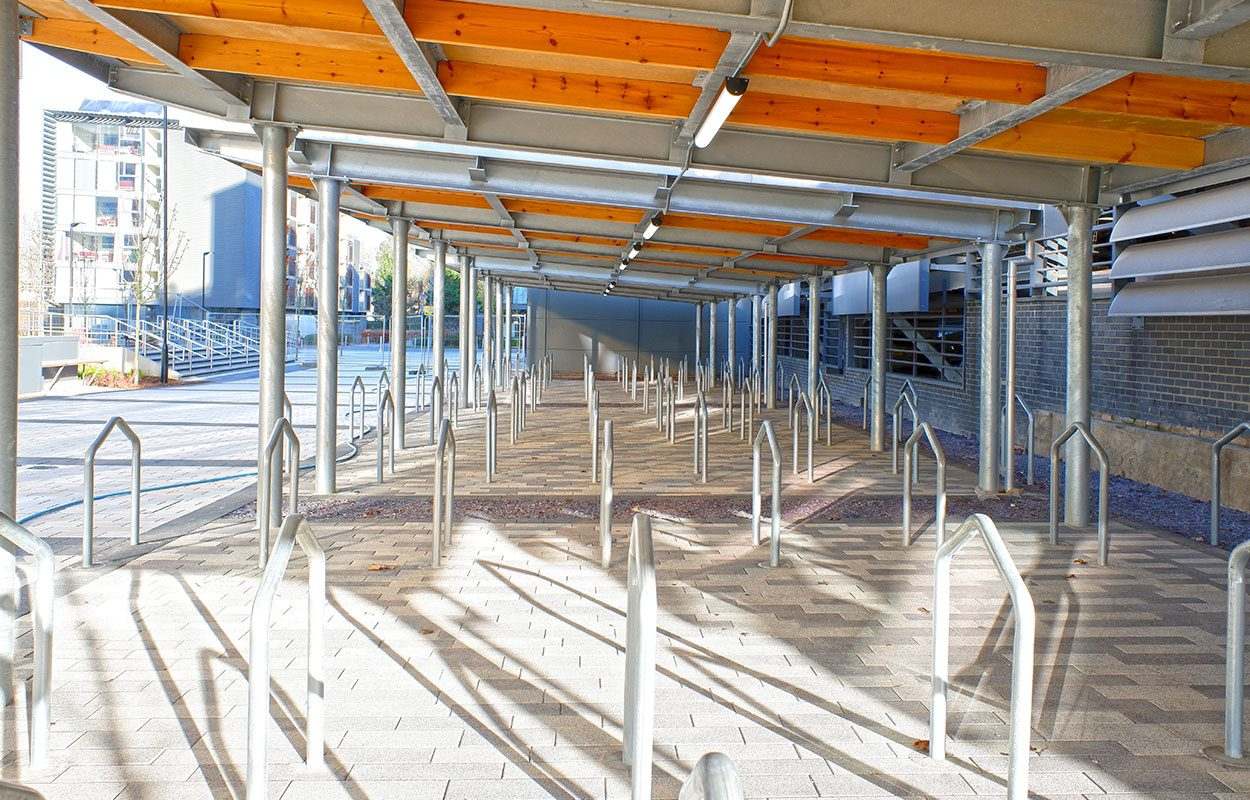 Capella Fordingbridge steel cycle shelter
