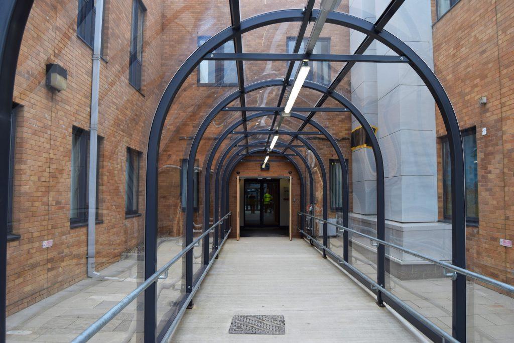 NNU Hospital Covered Walkway