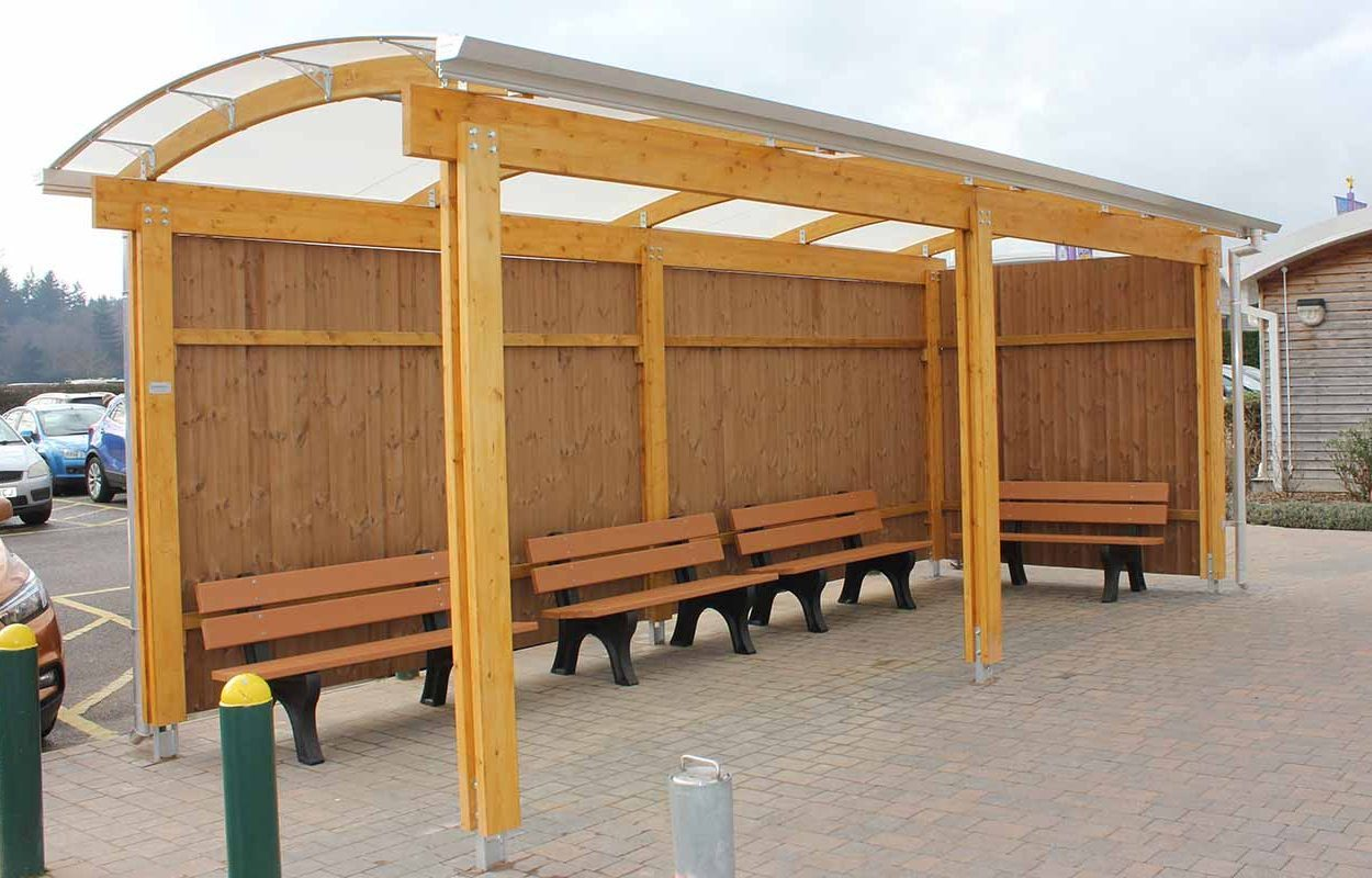 theme park timber canopy by fordingbridge paultons park covering taxi rank 3