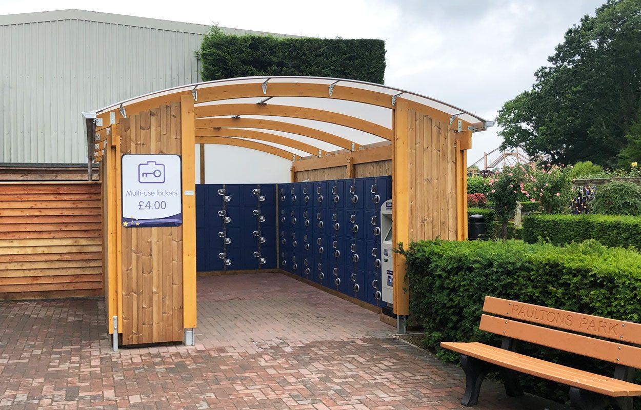 paultons-park-locker-canopy