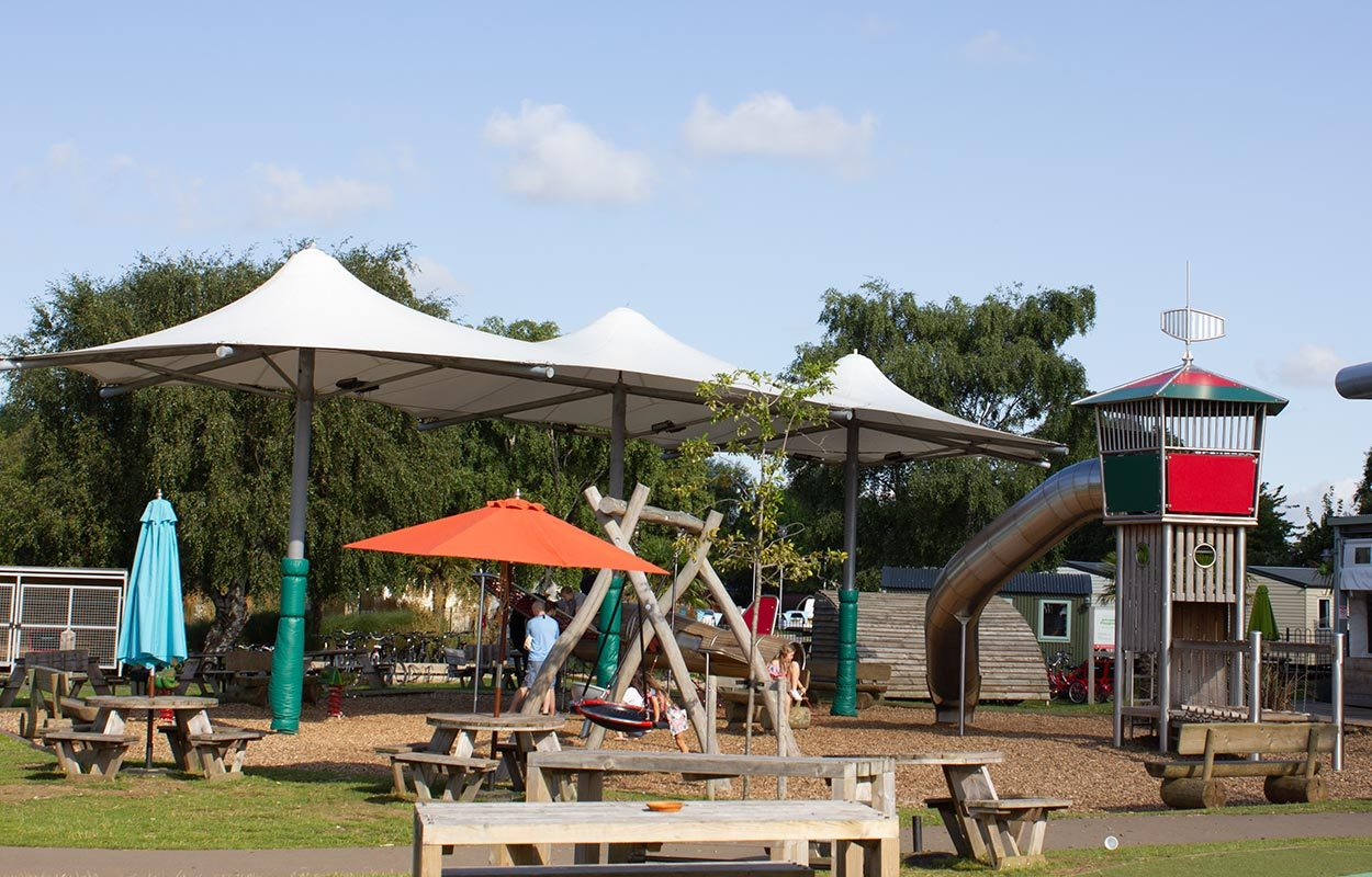 Fordingbridge-tensile-playground-canopy-at-Tattershall-Lakes-4