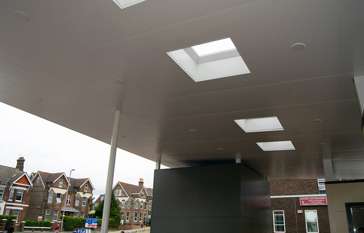 Poole-Hospital-Entrance-Canopy-by-Fordingbridge-7