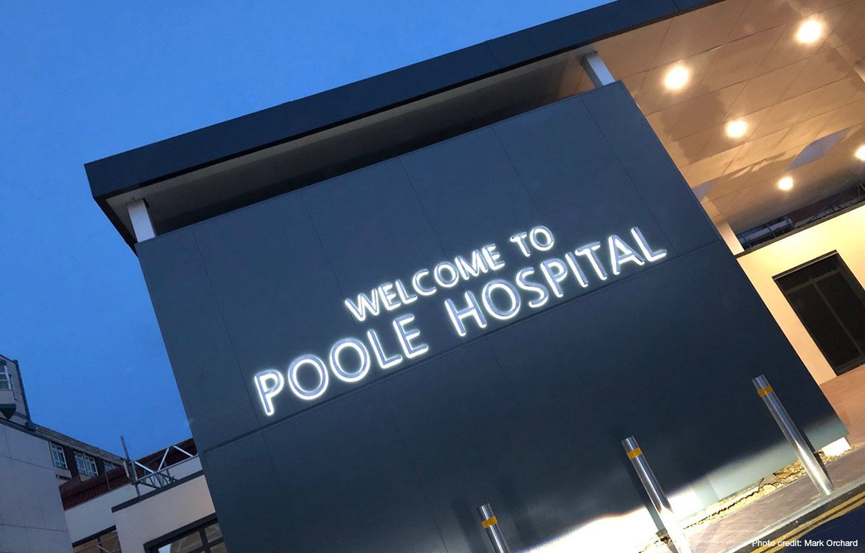 Poole-Hospital-Entrance-Canopy-by-Fordingbridge-night