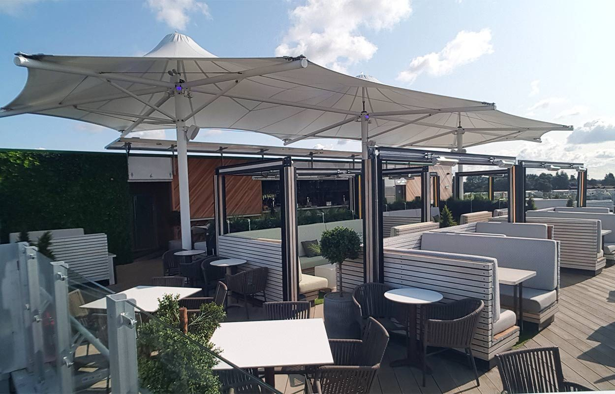 Tattershall-Lakes-Roof-Bar-tensile-canopy-by-Fordingbridge-4