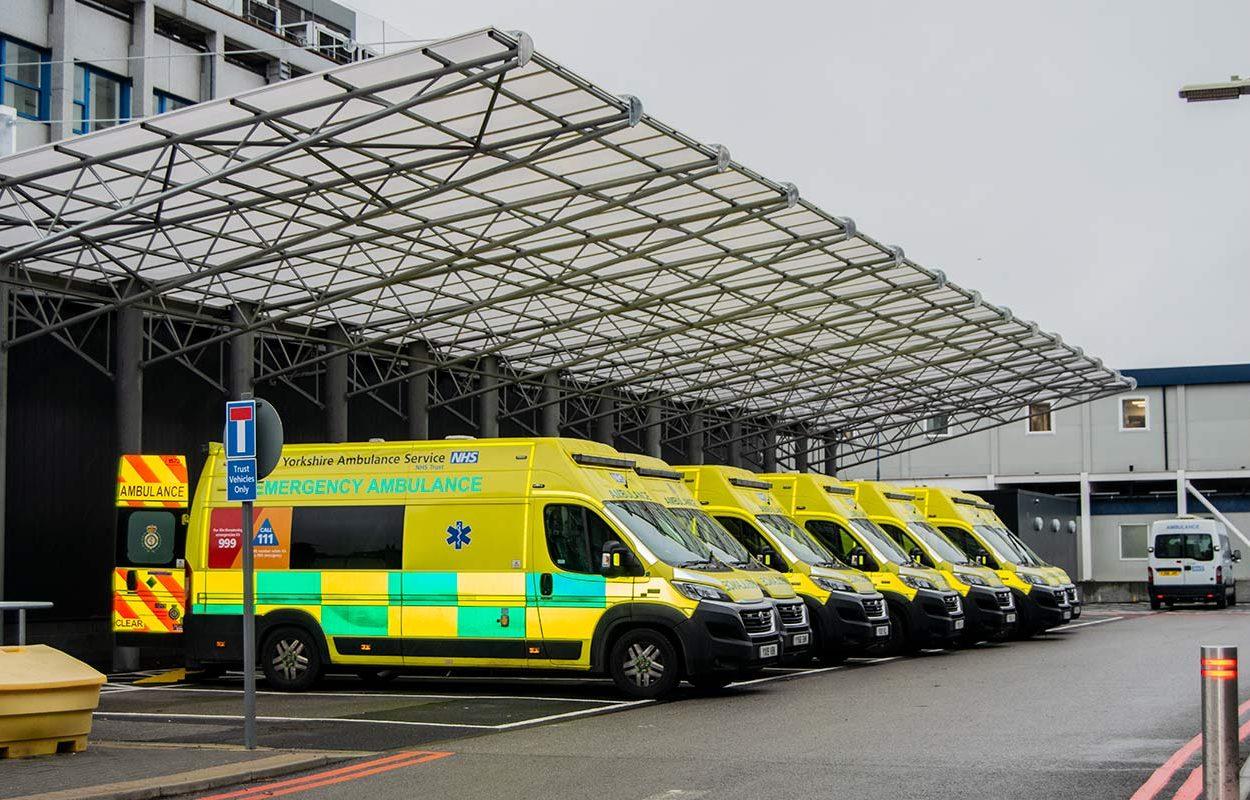 Hull-Ambulance-Bay-Canopy-by-Fordingbridge