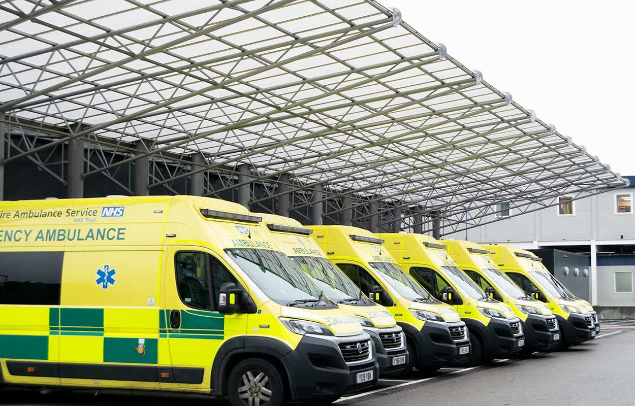 Hull-Ambulance-Bay-Canopy-by-Fordingbridge-5