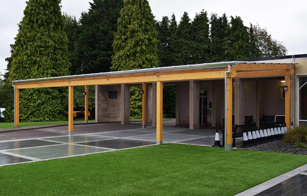 Thornhill-Crematorium-timber-canopy-by-fordingbridge-22