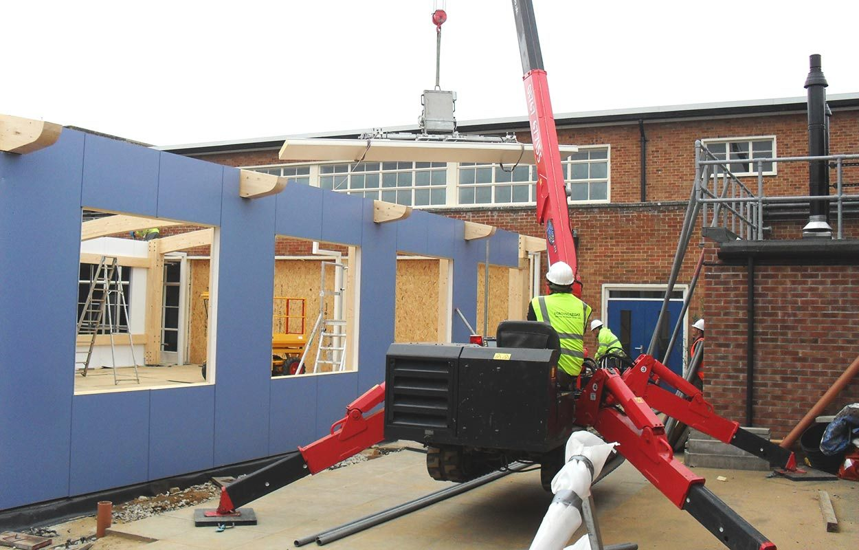 Aylsham-High-School-building-glulam-building-by-Fordingbridge-Construction-phase