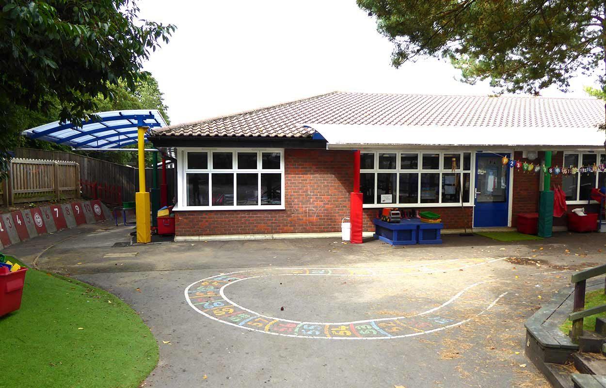 Bordon-school-multi-colour-canopy-by-Fordingbridge-3