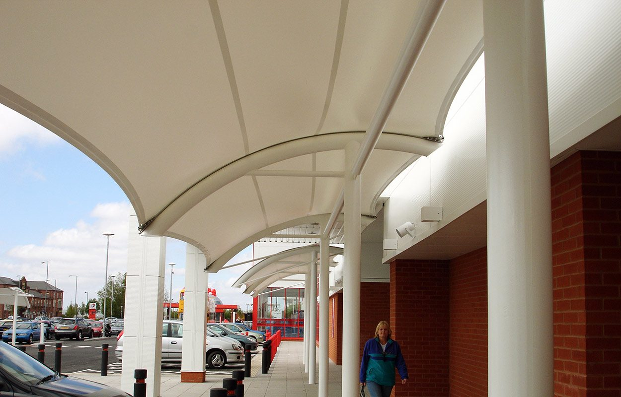 Junction-retail-park-tensile-covered-walkway-by-Fordingbridge-plc-5