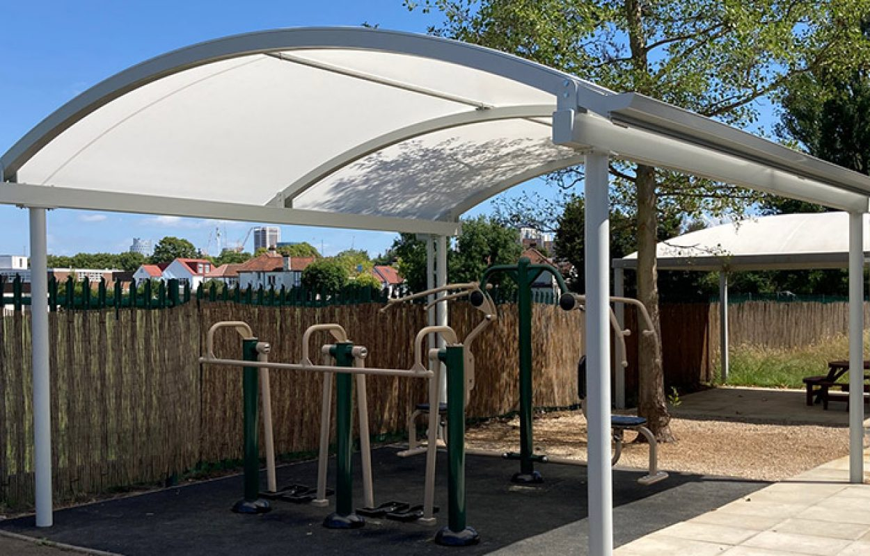 Covered-outside-gym-by-Fordingbridge-canopies
