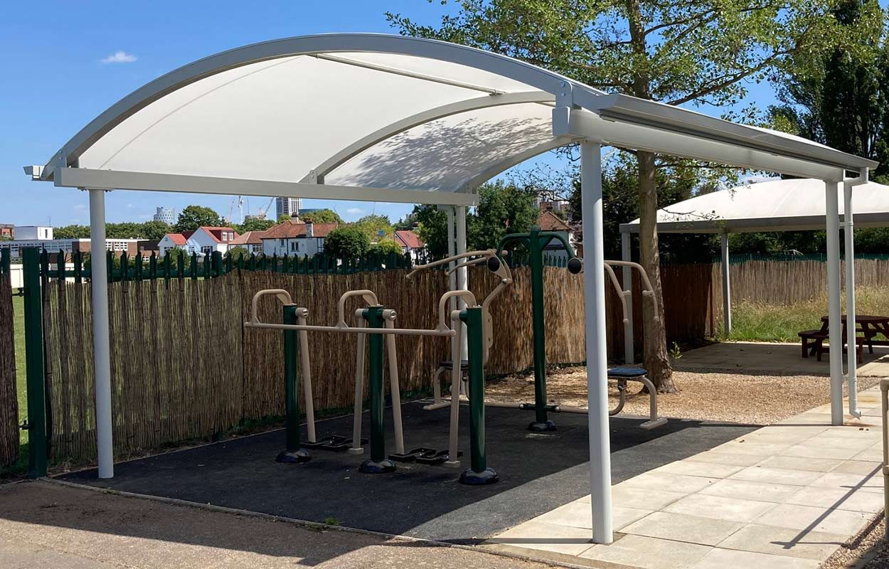 canopy-by-Fordingbridge-protecting-outside-gym-2
