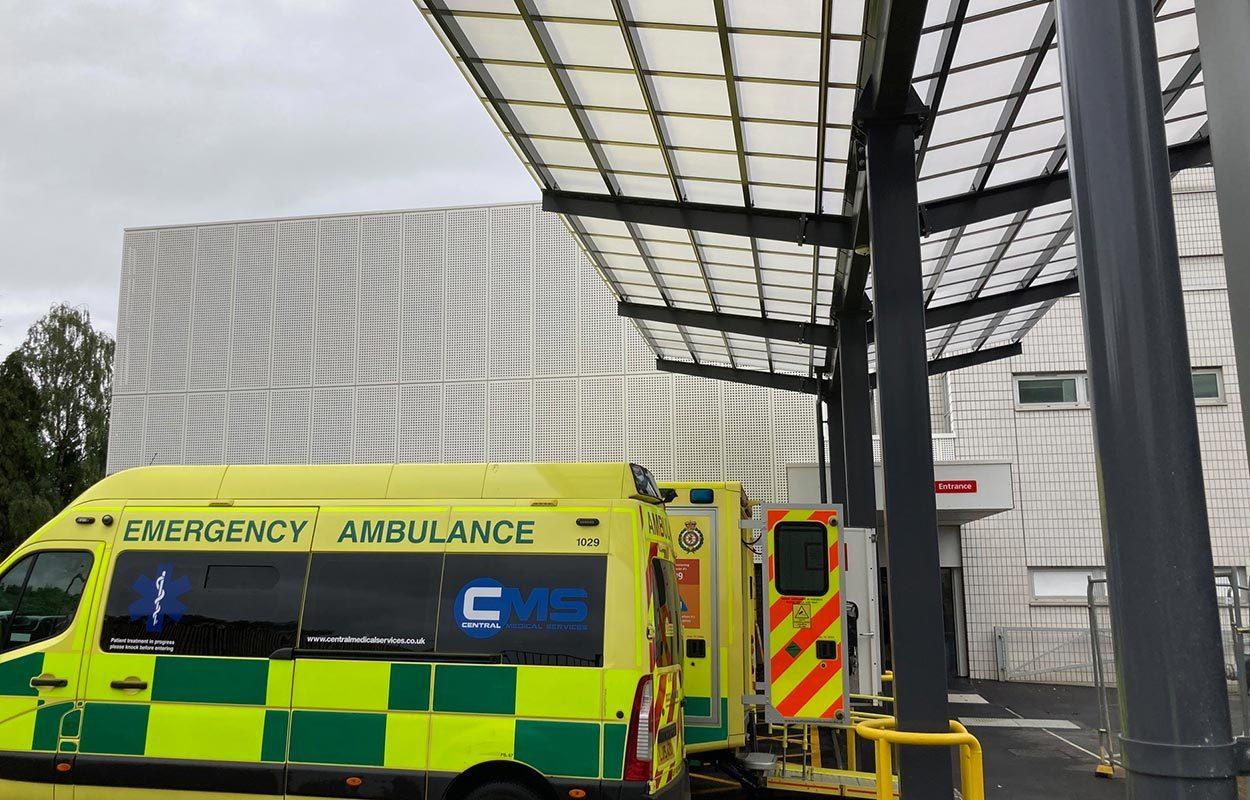 Ambulance-canopy-at-John-Radcliffe-Hospital-by-Fordingbridge-5